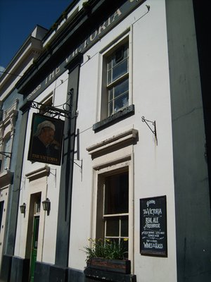 Drink a toast to real local ale or cider on 4th july for 136 the terrace wellington